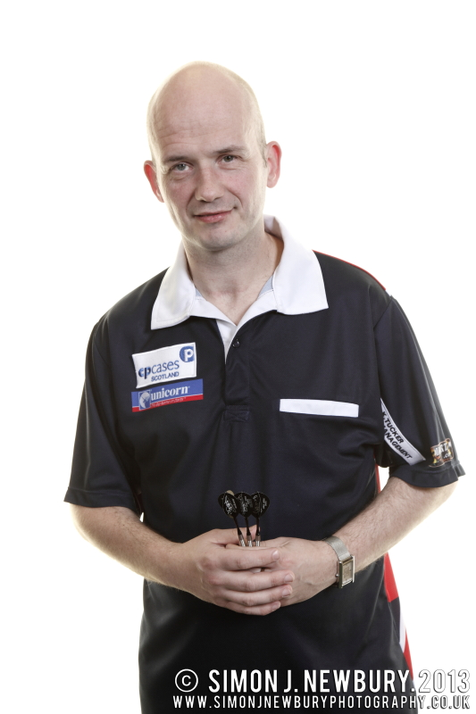 Jamie 'Jabba' Caven portrait photograph. Darts professional photography