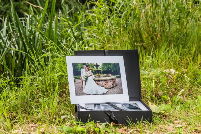 The Weaver Image Box by Simon J. Newbury photography. Cheshire wedding photography. Award winning Cheshire wedding photographer. Cheshire wedding photos