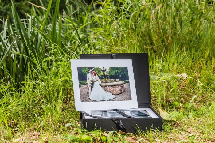 The Weaver Image Box by Simon J. Newbury photography. Cheshire wedding photography. Award winning Cheshire wedding photographer. Cheshire wedding photos