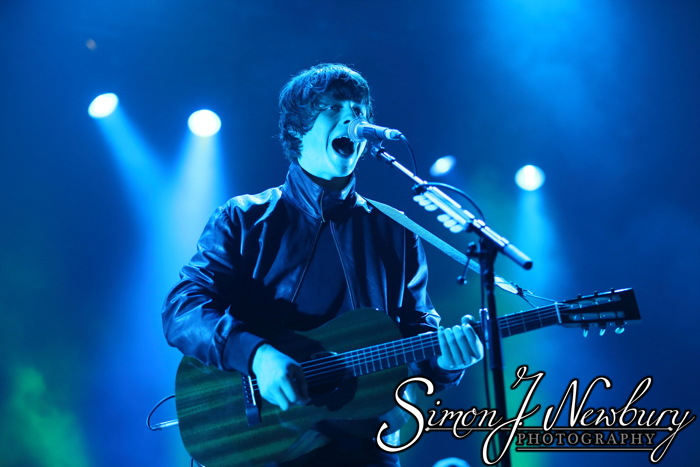 Music Photography: Jake Bugg, Liverpool Echo Arena. Cheshire music photographer. Jake Bugg live in Liverpool photos. Cheshire music photography. Jake Bugg