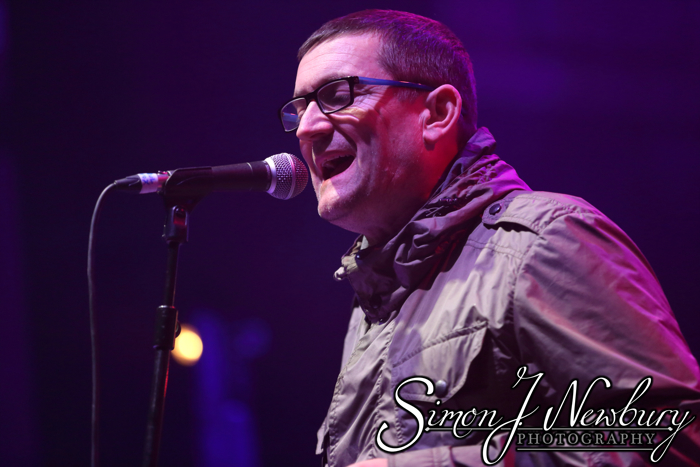 Music Photography: Paul Heaton and Jacqui Abbott Warrington Parr Hall. Cheshire music photography. Music photographer in Cheshire. Warrington music photography