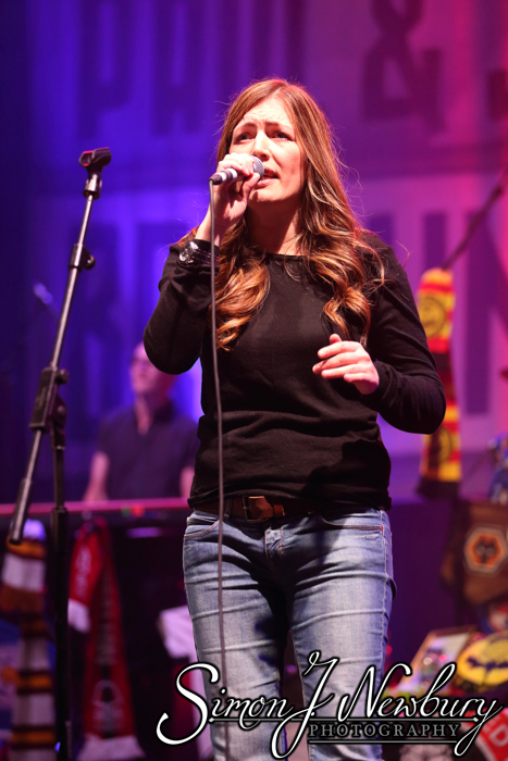 Music Photography: Paul Heaton and Jacqui Abbott - Manchester O2 Apollo. Live music photography in Manchester. Cheshire live music photographer