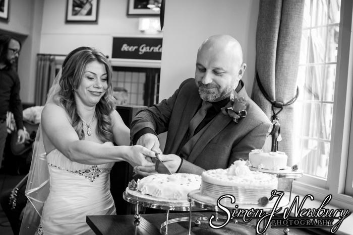 Wedding Photography: Nantwich - Rudi and Sarah-lou. Wedding photography Nantwich Cheshire. The wedding of Rudi & Sarah-Lou in Tarporley Cheshire