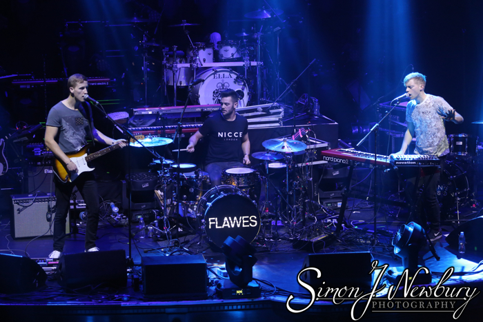 Flawes live in Manchester