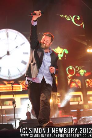 Elbow performing live at Jodrell Bank