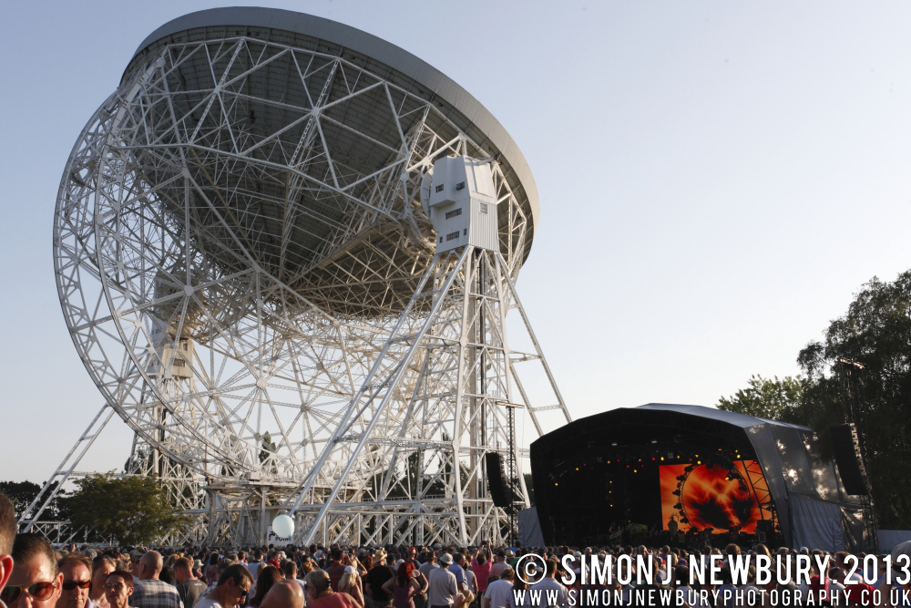 Live From Jodrell 004