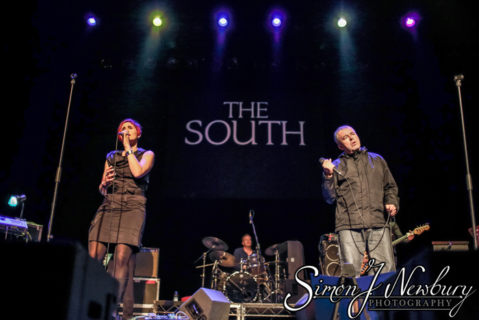 Live music photography - The South live at Crewe Lyceum Theatre. Simon J. Newbury Photography = live music photographers in Cheshire