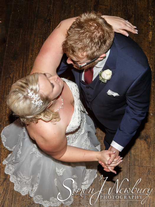 Plough Inn Eaton Cheshire wedding photos